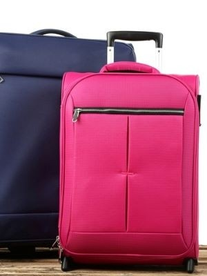 STORE YOUR LUGGAGES & EXPLORE WITH MORE FREEDOM